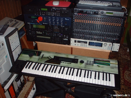 Volker Warmers Homestudio MIDI Equipment